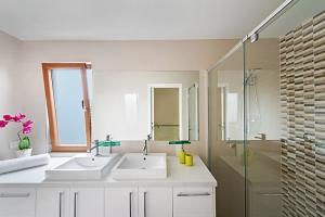 Bathroom Design Pillar Homes