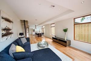 Living Room Design Pillar Homes